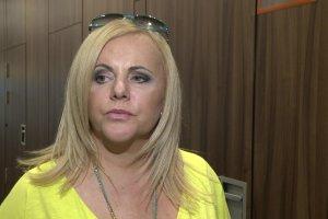 Polskie aktorki na wybiegu. Potem m�wi� o kolekcji. Przysz�a kolej Joanny Kurowskiej... Co si� dzieje z jej twarz�? ZMIENIA KSZTA�T?!