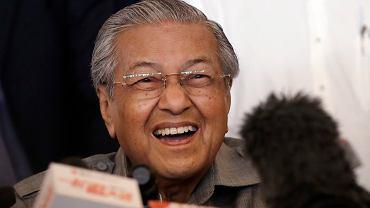 92-letni lider opozycyjnego Sojuszu Nadziei Mahathir Mohamad zostanie premierem Malezji, 10.05.2018