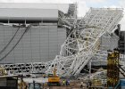 Tak d�wig run�� na dach stadionu na mundial w Brazylii [WIDEO]