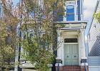 Dom z kultowego serialu ''Pełna Chata'' na sprzedaż! W dodatku budynek i wnętrze zmieniły się nie do poznania.
