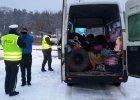 Przez S3 jechał rumuński samochód. Było w nim 43 ludzi! [ZDJĘCIA]