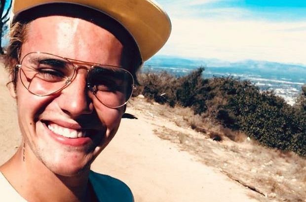 Justin Bieber się zaręczył! Jego wybranką została Hailey Baldwin.