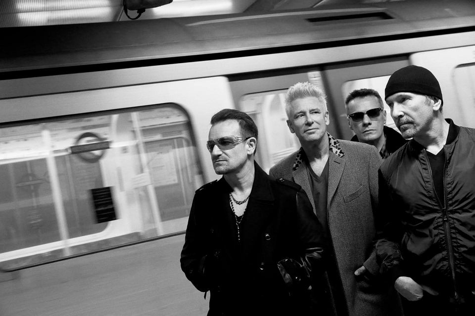 U2, czyli (od lewej) Bono, Adam Clayton, Larry Mullen i The Edge