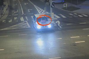 Wypadek w Olsztynie. Policja pokazuje nagranie ku przestrodze