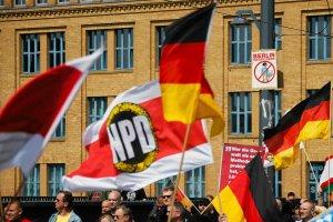 """Niemcy chc� delegalizacji prawicowej partii NPD. """"Ksenofobiczna, gardz�ca cz�owiekiem, antysemicka i antydemokratyczna"""""""