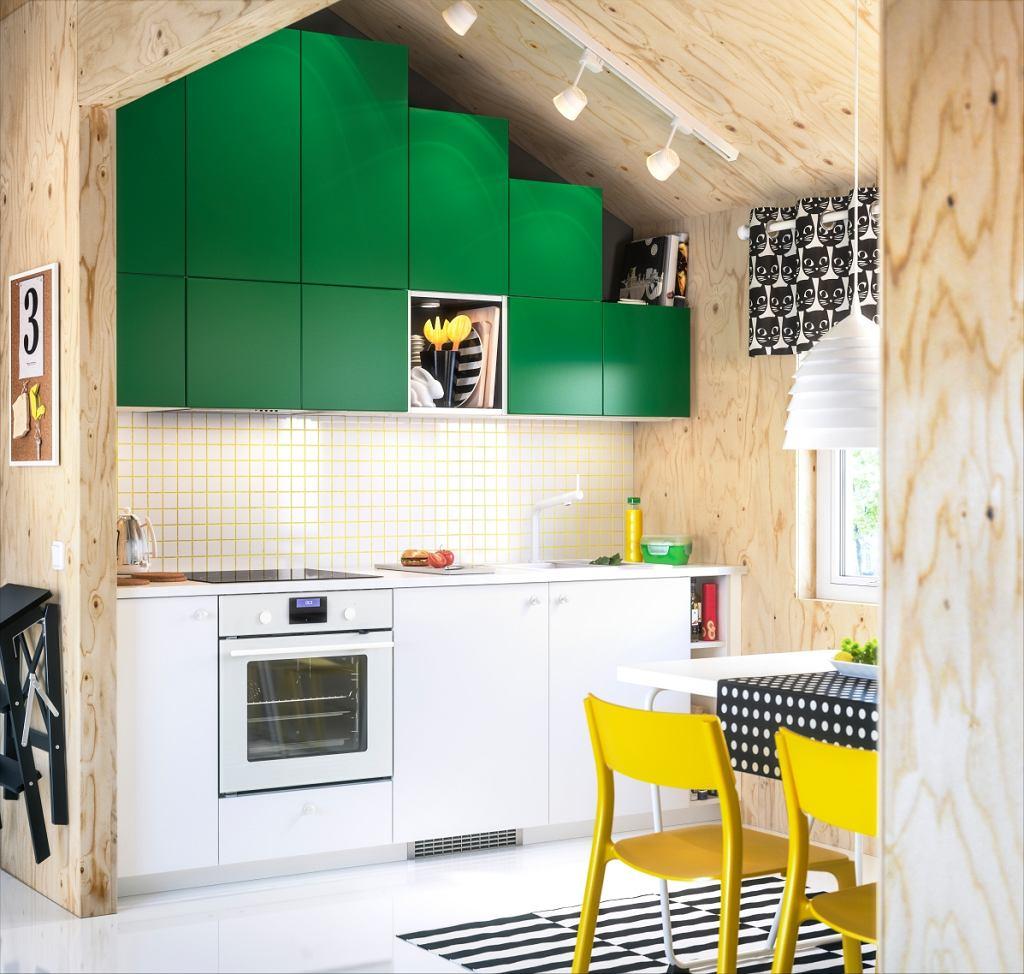 Mała kuchnia urządzona z pomysłem 10 inspirujących kuchni -> Mala Kuchnia Ze Skosem