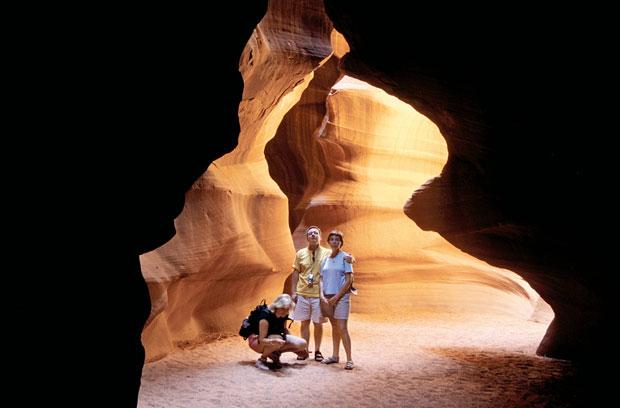 Podróże: samochodem przez Dziki Zachód, samochody, ameryka północna, podróże, Kaniony szczelinowe w Antelope Canyon