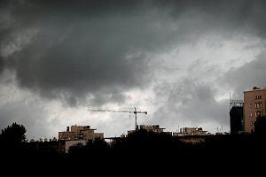 IMGW znów ostrzega przed gwałtownymi burzami i gradem. Alerty dla ośmiu województw