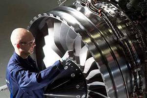 Rolls-Royce może zwolnić ponad 4 tys. pracowników. Wszystko przez gigantyczny kłopot z silnikami lotniczymi