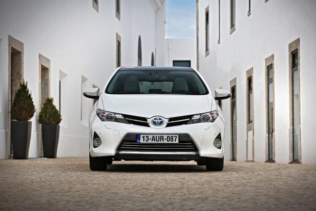 Wyprzeda� Toyoty | Hybrydowy Auris w korzystnej cenie