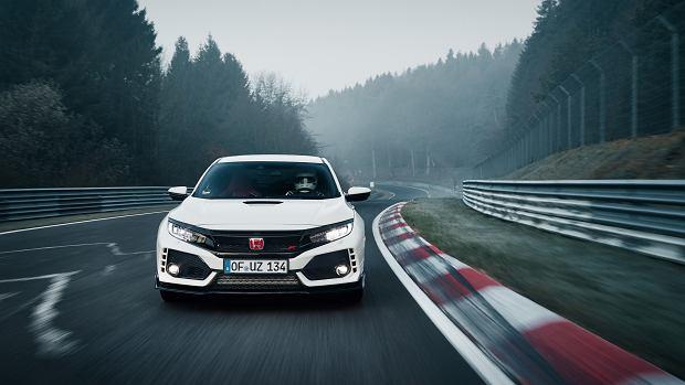 Wideo | Honda Civic Type R detronizuje VW Golfa w Zielonym Piekle