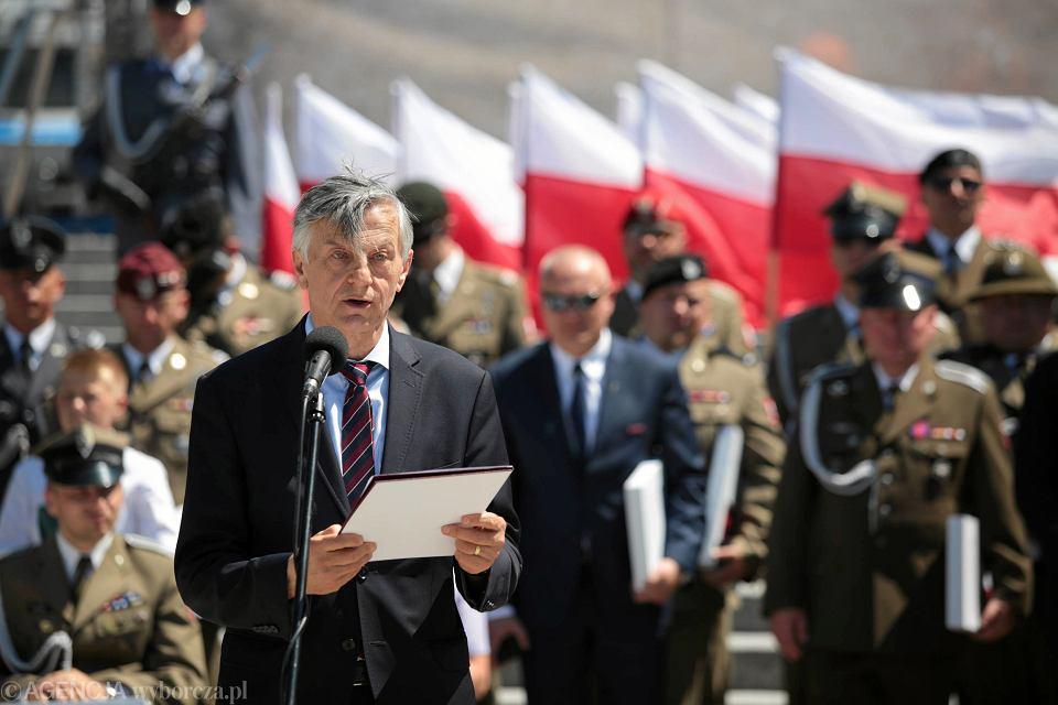 Doradca szefa BBN Andrzej Zybertowicz podczas centralnych Obchodów Dnia Weterana. Kielce, 29 maja 208