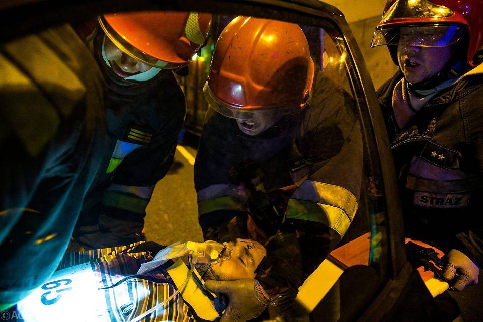Zdjęcie numer 1 w galerii - Symulacja karambolu z kilkudziesięcioma rannymi. Duże ćwiczenia w tunelu pod Martwą Wisłą [ZDJĘCIA]