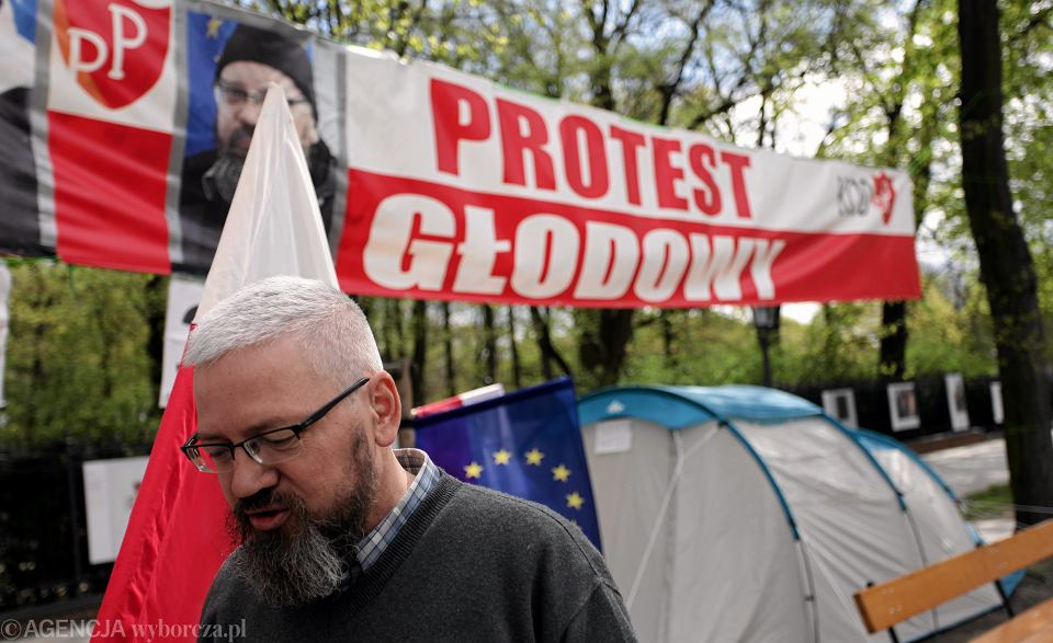 Andrzej Miszk po 39 dniach przerwał protest głodowy. Domagał się publikacji wyroku Trybunału Konstytucyjnego