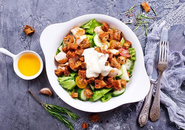 Dietetyczna sałatka z kurczakiem