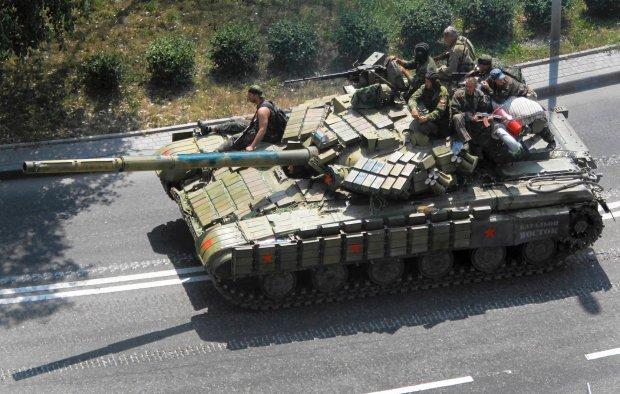 Prorosyjscy separaty�ci w Doniecku