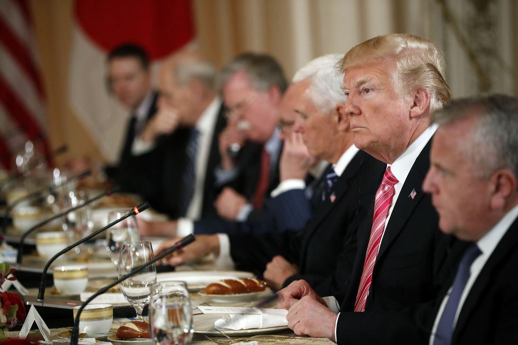 Donald Trum i jego doradcy i ministrowie