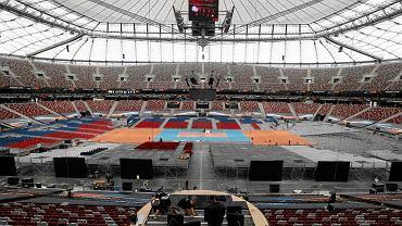 Prace przygotowawcze na Stadionie Narodowym przed meczem otwarcia Mistrzostw Europy
