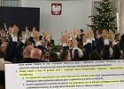 """""""Obrady 16 grudnia naruszyły konstytucję"""". Miażdżące opinie prawników"""