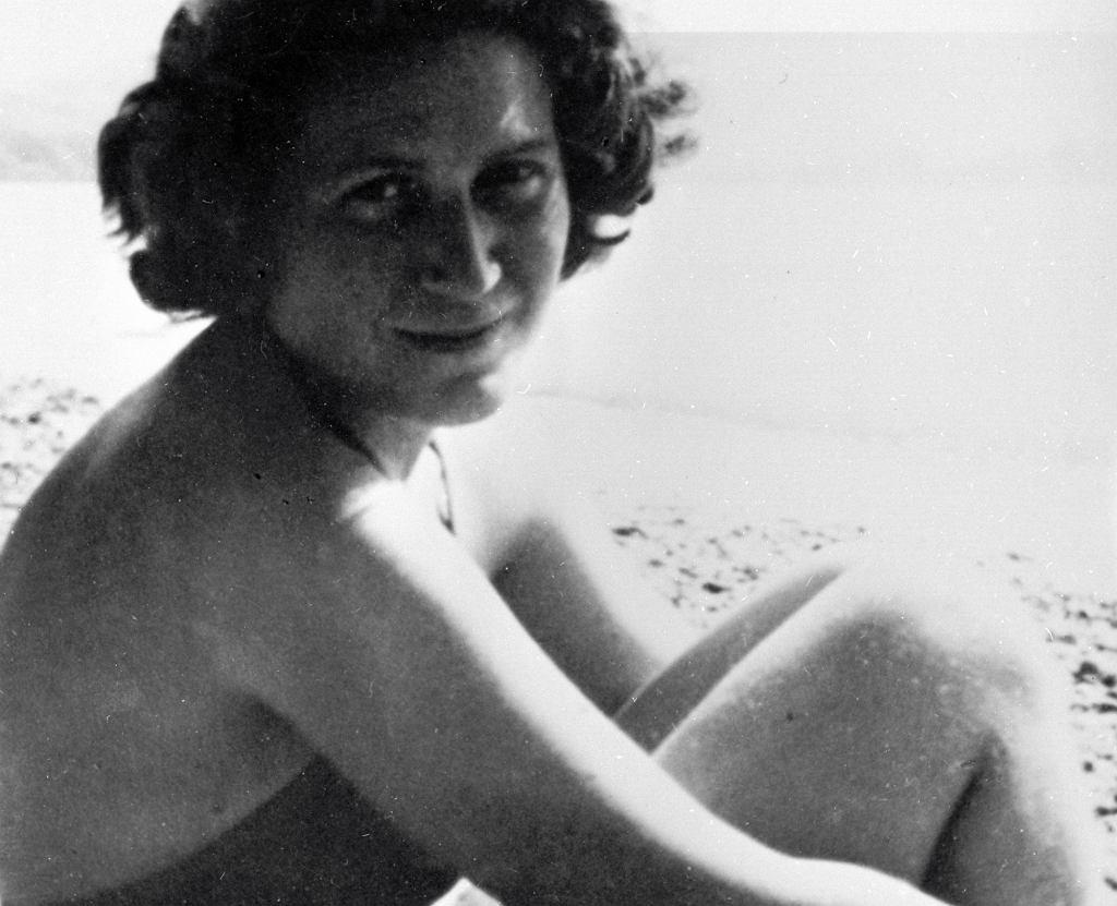 Swietłana decydując się na ucieczkę, zmuszona była zostawić w ZSRR dwoje dzieci - Józefa i Katię (fot. Eastnews)