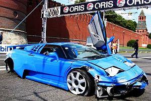 Wypadki na ulicznych pokazach samochodowych