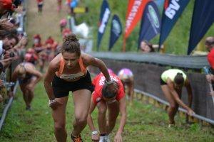 Red Bull 400 Harrachov. Dominika Wi�niewska-Ulfik wygrywa arcytrudny bieg na 400m! [ZDJ�CIA]