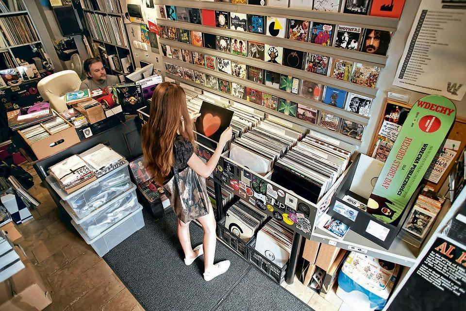 0dcb37700445 Zdjęcie numer 1 w galerii - W sobotę Record Store Day - święto małych  sklepów płytowych