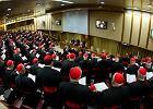 Zebranie kardynałów w auli Pawła VI