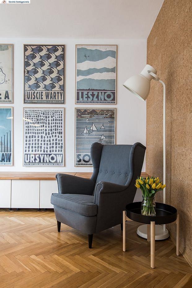 Zdjęcie numer 3 w galerii - Zmieniła się jedna rzecz w salonie Doroty Szelągowskiej. Dodała nowe zdjęcie tego pomieszczenia. Furorę zrobiły jednak obrazy