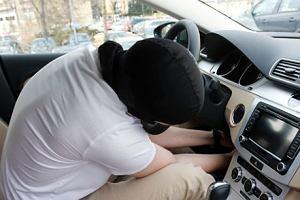 Jak zabezpieczyć auto przed kradzieżą | Poradnik