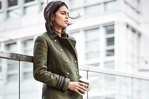 Krótki płaszcz damski na jesień i zimę