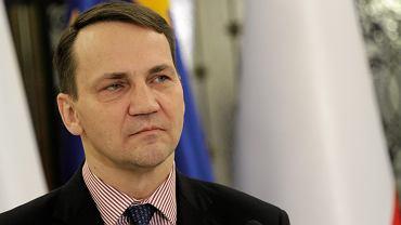 Sikorski pogratulowa� Andrzejowi Dudzie. Potwierdzi� dat� zaprzysi�enia na prezydenta