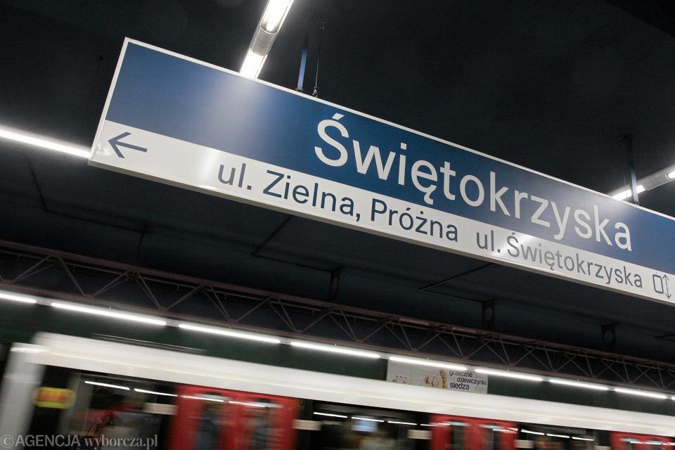 Stacja metra Świętokrzyska