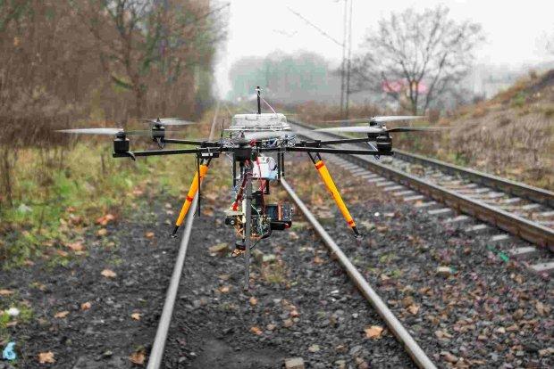 PKP Cargo walczy ze z�odziejami za pomoc�... dron�w