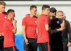 Euro 2016. Pukajcie w niemalowane drewno