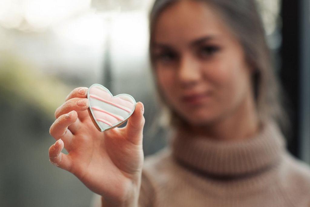 Walentynki 2018 zbliżają się wielkimi krokami. Jeśli zadręczasz się myślami typu 'walentynki a ja sama' najwyższy czas z tym skończyć. (zdjęcie ilustracyjne)