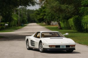 Aukcje | Ferrari Testarossa z Miami Vice idzie pod m�otek
