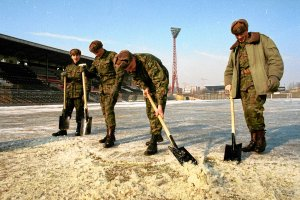 Rekordy pogodowe Warszawy. Kiedy był rekordowo zimny grudzień?