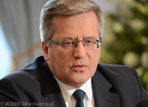 Bronis�aw Komorowski pojedzie na Ukrain� w rocznic� Majdanu