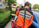 """Opluwają, biją, grożą nożem i śmiercią. """"Jesteście od tego jak d*pa od srania"""" - tak Polacy traktują ratowników medycznych"""