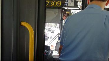 Kadr z filmu dokumentującego awanturę