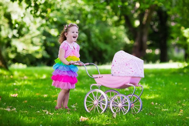 wózki dla lalek - jak wybrać najlepszy model?