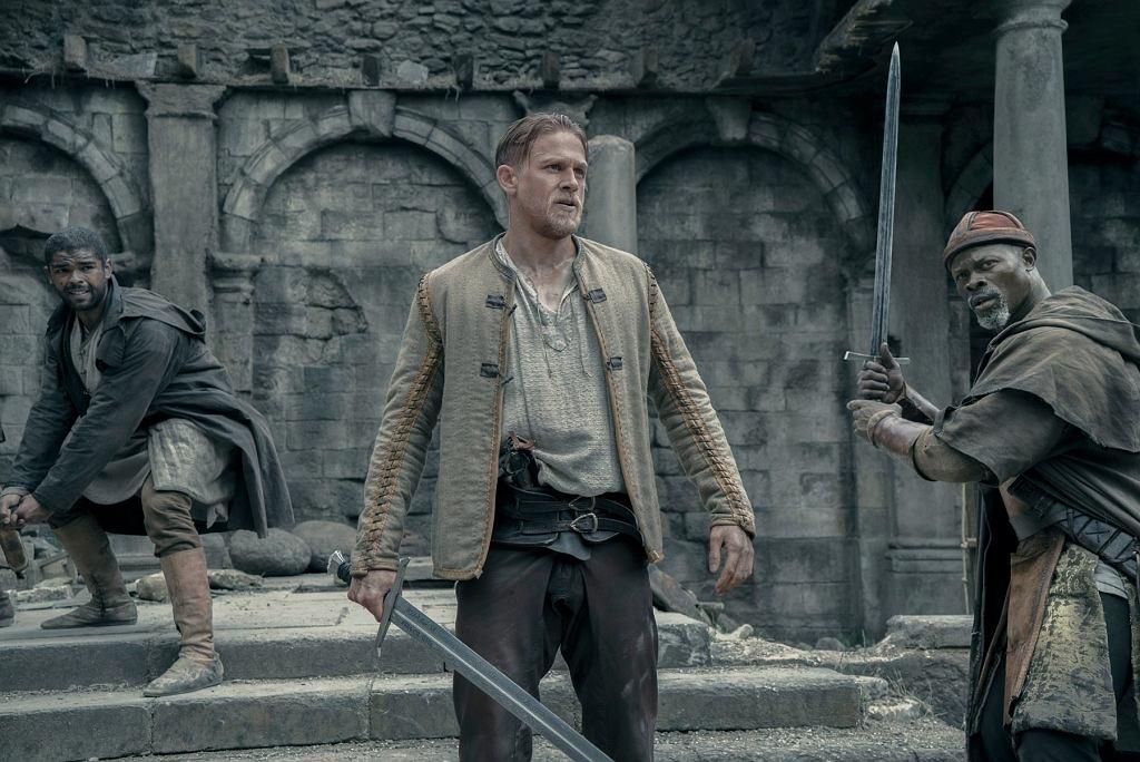 Król Artur: Legenda miecza / mat. promocyjne Warner Bros