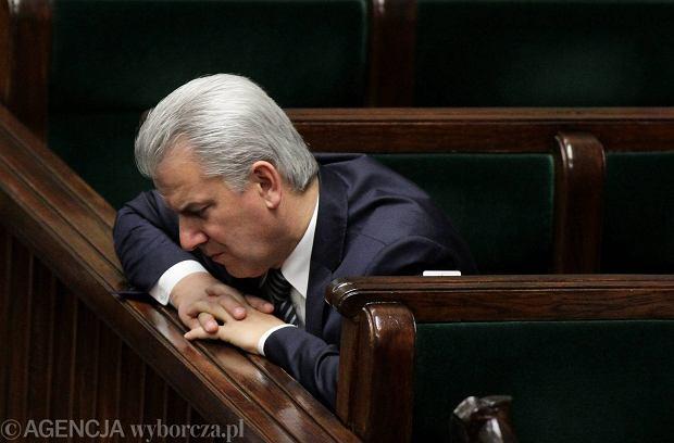 """Cezary Grabarczyk wyda� o�wiadczenie ws. swojej dymisji. """"Moja rezygnacja le�y w interesie Pa�stwa"""""""