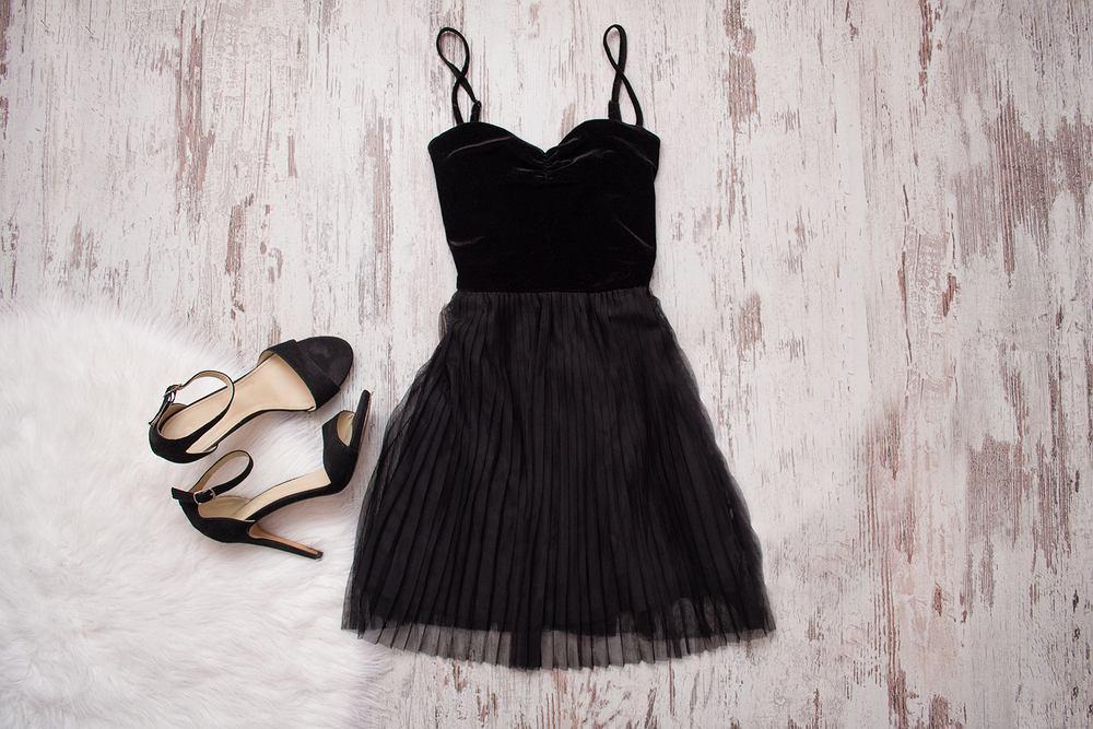 Sukienka na sylwestra to produkt produkt często poszukiwany na wiele miesięcy przed imprezą.