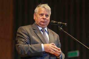 10-godzinna debata ws. referendum ws. m.in. JOW-�w. Borusewicz: Dyskusja mia�a wymiar polityczny. PiS przeciwko
