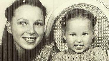 Weronika Książkiewicz z mamą Beatą
