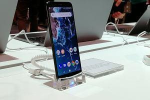 Nie jeden, a dwa nowe smartfony Xiaomi z czystym Androidem - Mi A2 i A2 Lite. Hit średniej półki?