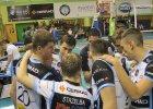 Juniorzy Czarnych przegrali z MOS-em, ale awans wywalczyli