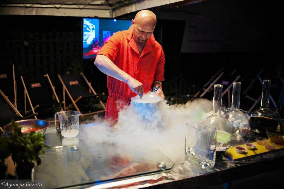 Zdrowsza I Oszczedniejsza Kuchnia Molekularna Dym Azot To Tylko